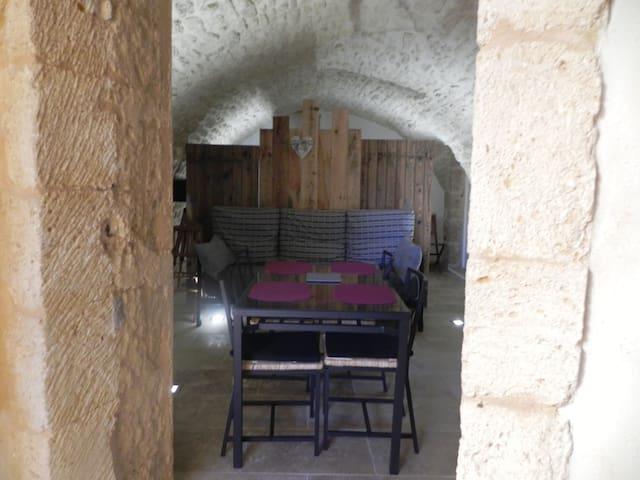 Studio de caractère au Pont du Gard - Castillon-du-Gard - Flat