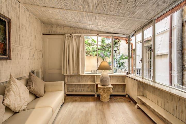 Charming apartment near the Spanish Steps