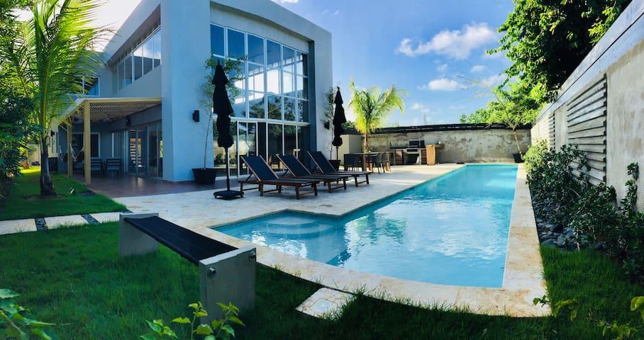 Caribbean Luxury Villa in Playa Encuentro