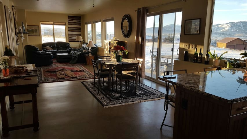 Remodeled Barn in Silver Creek area of Park City - Park City - (ukendt)