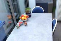 keuken eetplaats ruimte om met 4 te eten