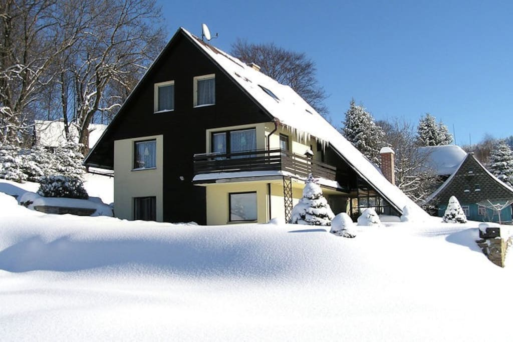 Holiday House Exterior (winter)