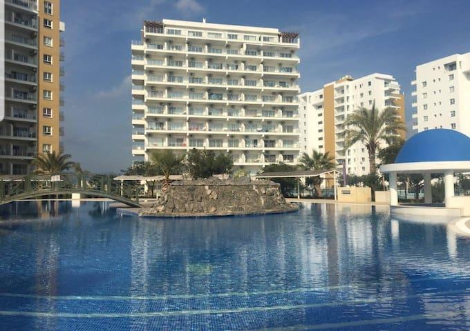 Develoco.MAS. Two Bedroom Flat in Caesar Resort