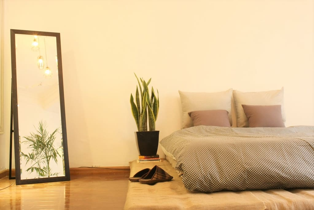 Less things but still bring the comfortable to your stay !