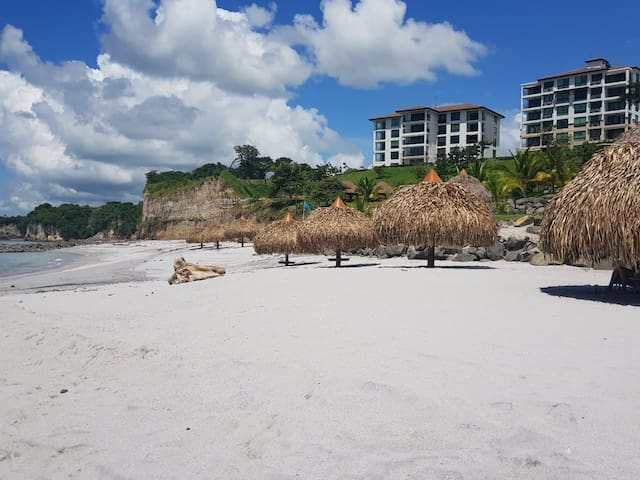 Apt Exclusivo en Ensenada Beach Resort  Playa