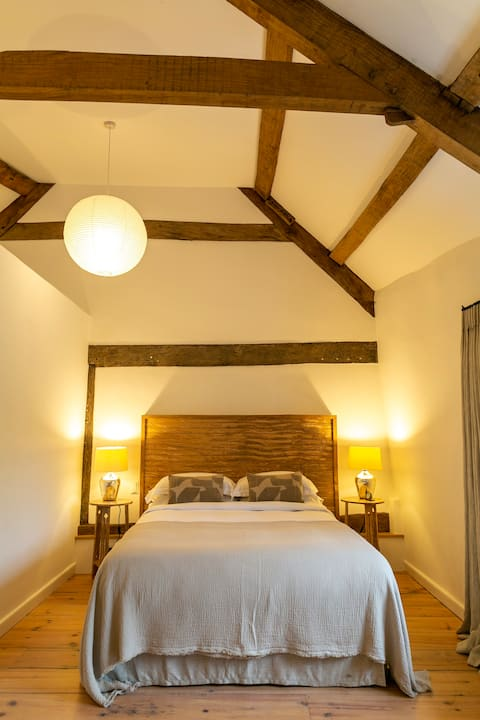 The Guest Wing - Boutique Space in Dartmoor Valley