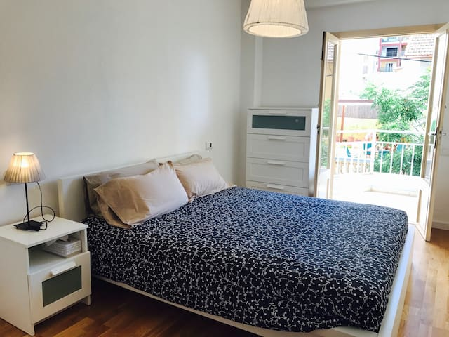 Sunny Co-Living @ S'Arenal. Double Room