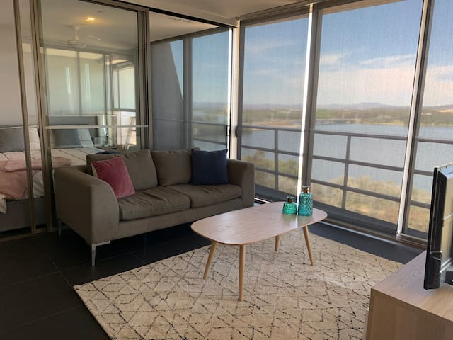 Lakeview Nishi Apartment