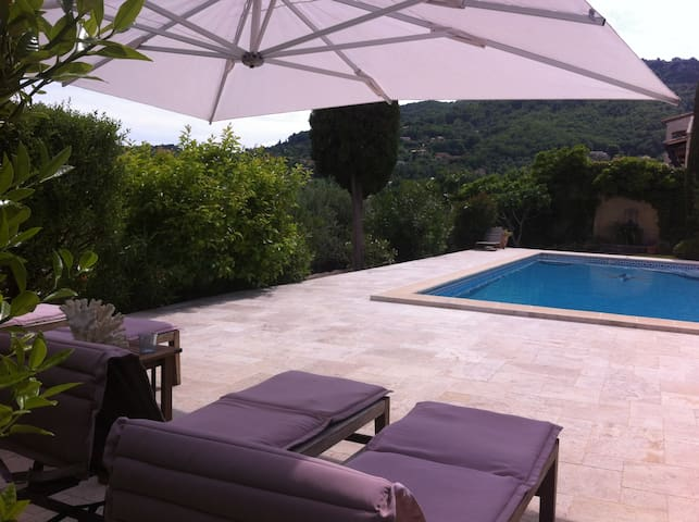 B&B in Villa with Pool