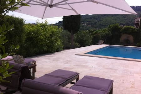 B&B in Villa with Pool - Le Bar-sur-Loup