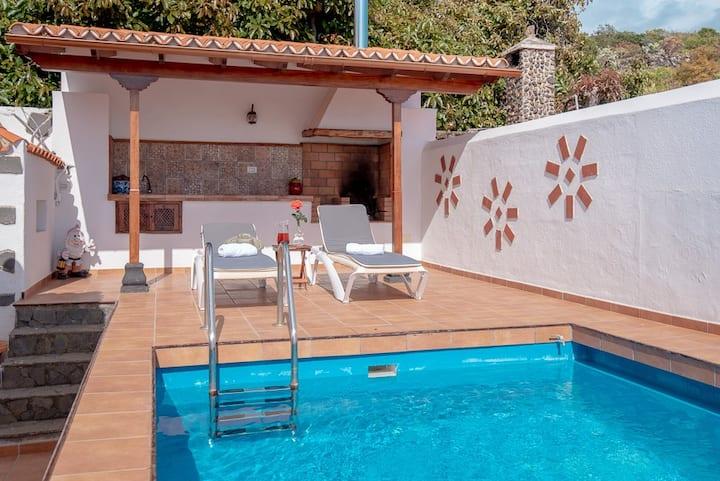 Villa con piscina de agua salada en Breña Baja
