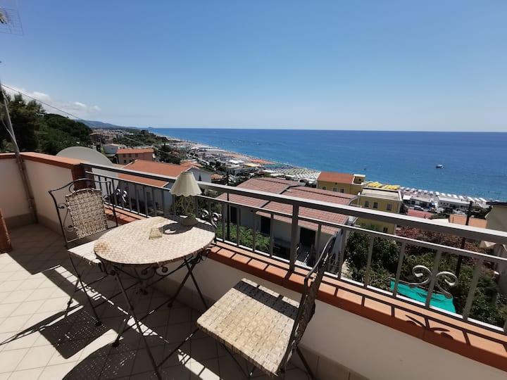 Villa CHARME sul mare a Scalea