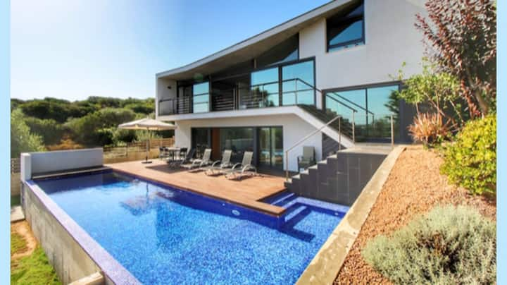 Villa with 3 bedrooms in Cala Llonga, with private pool and enclosed garden - 3 km from the beach
