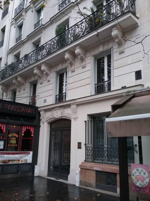 chaleureuse studette montparnasse apartments for rent in paris le de france france. Black Bedroom Furniture Sets. Home Design Ideas