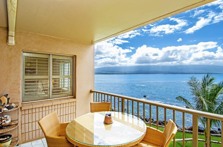 MK317 - Deluxe, Tranquil Maui Direct Oceanfront/View Condo, Beautiful Remodel