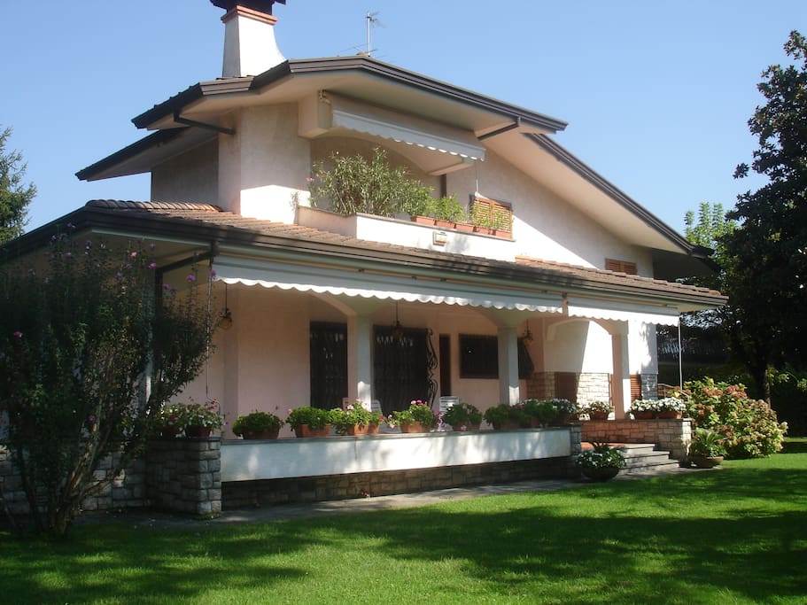 Front view from the garden