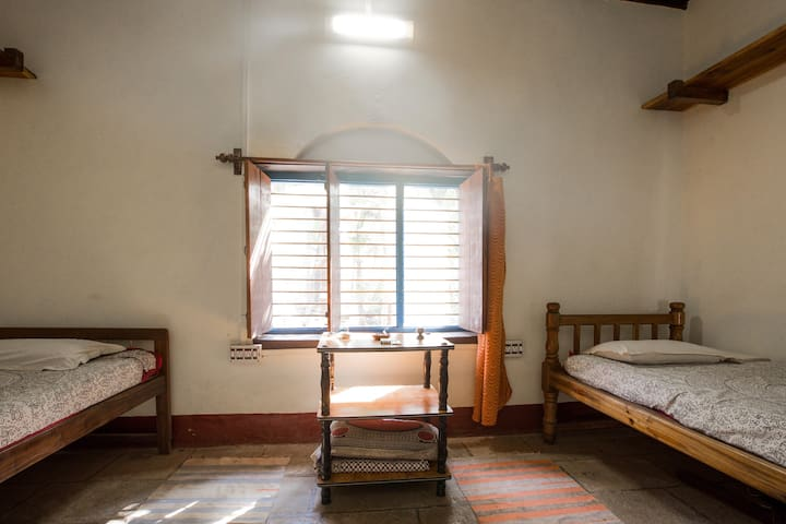 Heritage Room in Yogashram (D2) - Gokarna - House