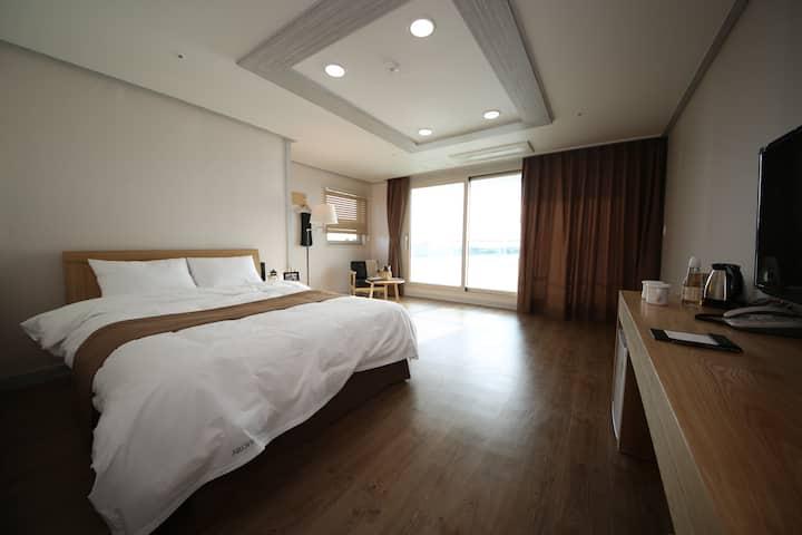 """Hotel AROHA"" Deluxe Room (SEA-VIEW ROOM)"