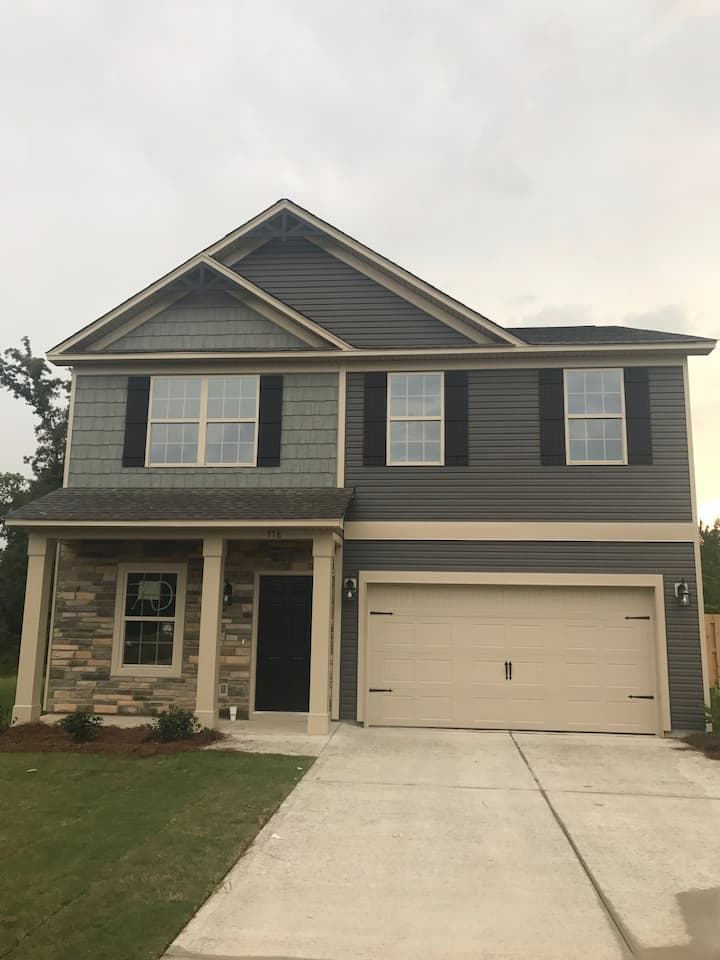 Entire Home: Great Masters Option!