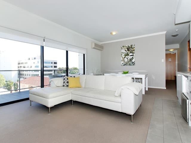 Central & Stylish - West Perth - Apartamento
