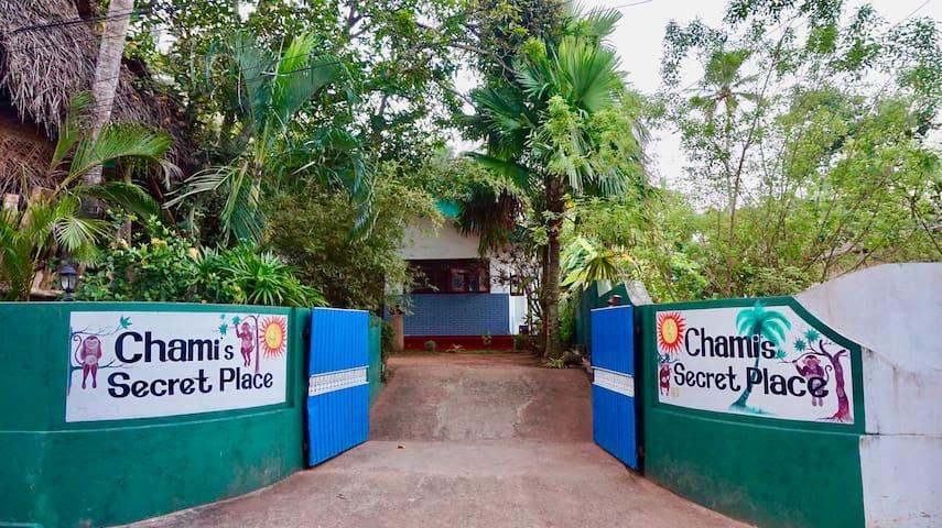Chami's Secret Place - 3 BR House.