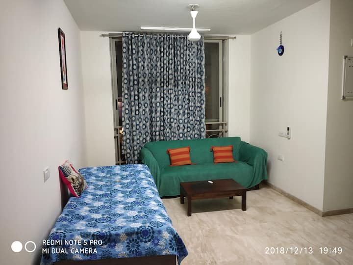 Beautiful independent 1 BHK at Thane Hiranandani