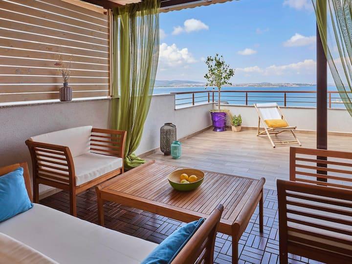 Golden Autmn in Two-Floor Dream Penthouse