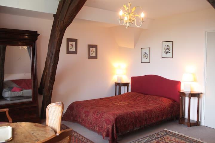 chambre d'hôte proche st Amand montrond -suite