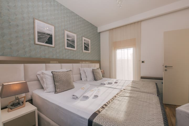 New luxury apartments with jacuzzis on the beach