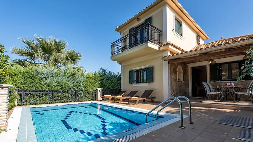 Deluxe Villa with Private Pool - Zakynthos - Villa