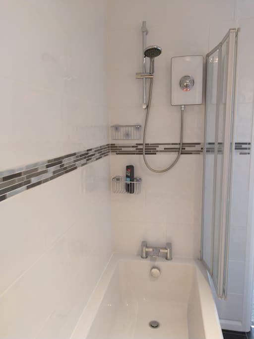 bathroom an  shower