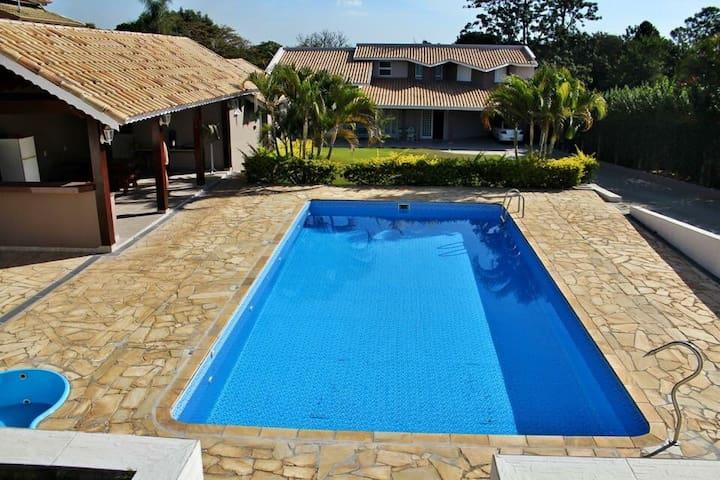 Chácara em Itupeva com piscina - Itupeva