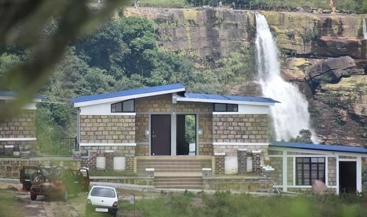 Waterfall view room  5 mins to Dainthlen Falls