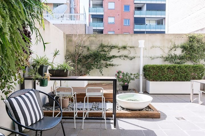 Huge Private Room & Balcony | Free Secure Parking