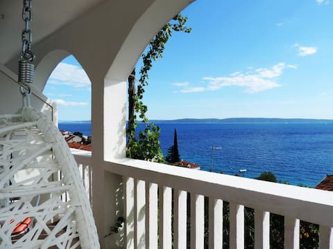 Amazing Sea View in a Peaceful Surrounding