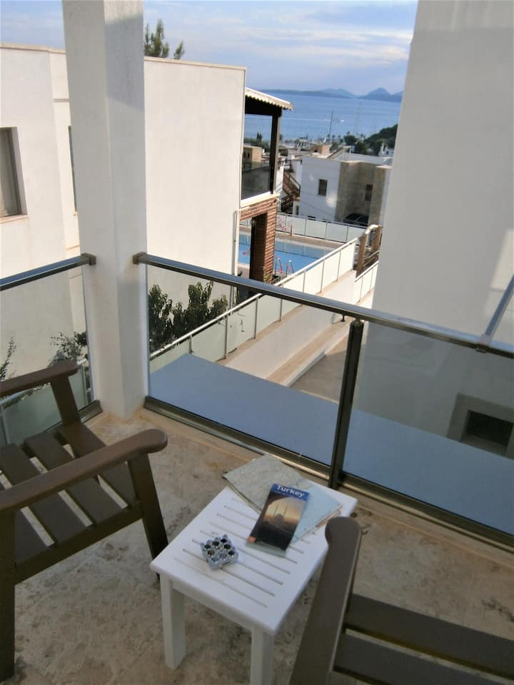 Two Bedrooms Apartment in Central Bodrum 7