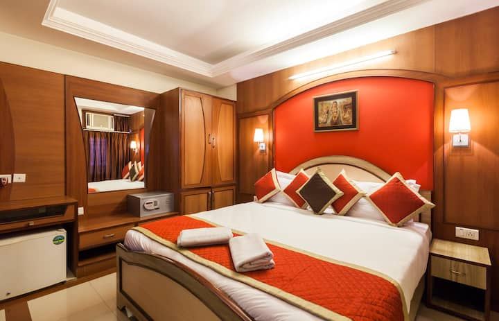 Suite Room with 3 star hotel in Jaipur (INDIA)