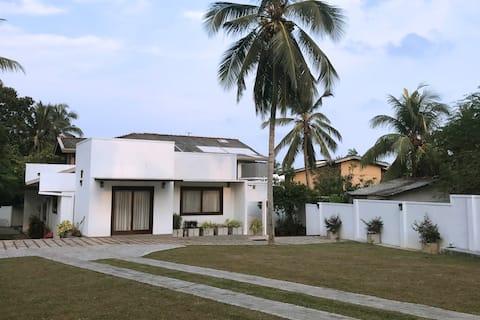 Green Villa | Open private garden + 3 BR