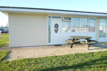 Seaside chalet, Camber Sands - Camber