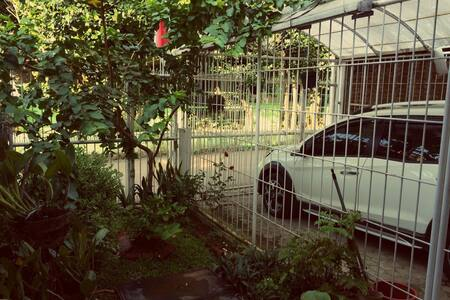 Private Single Room for FEMALE Bandung Near ITB! - Coblong