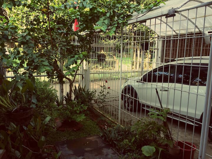 Private Single Room for FEMALE Bandung Near ITB!