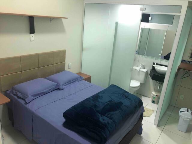 Quarto Suite privativo novo confortável e moderno