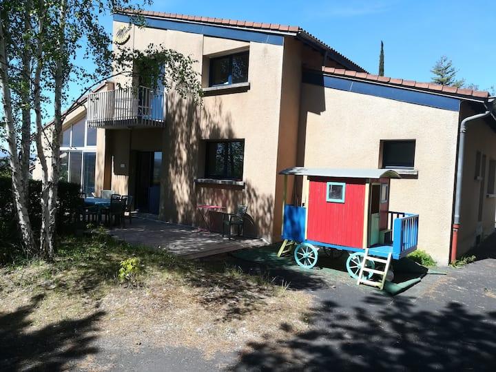 Villa Solana, magnifique vue sur chaîne des Puys