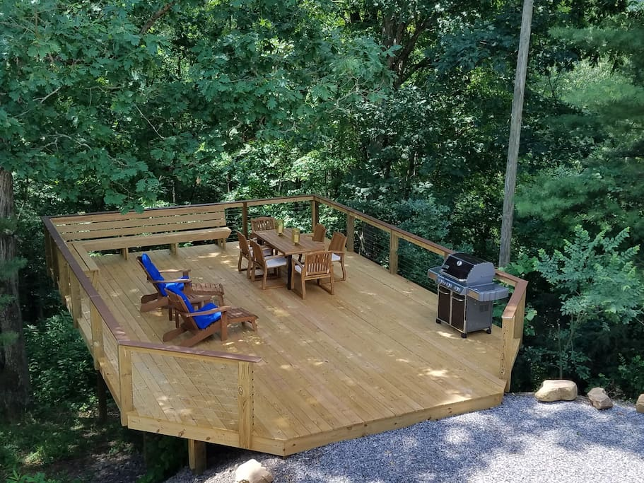 New treehouse deck!