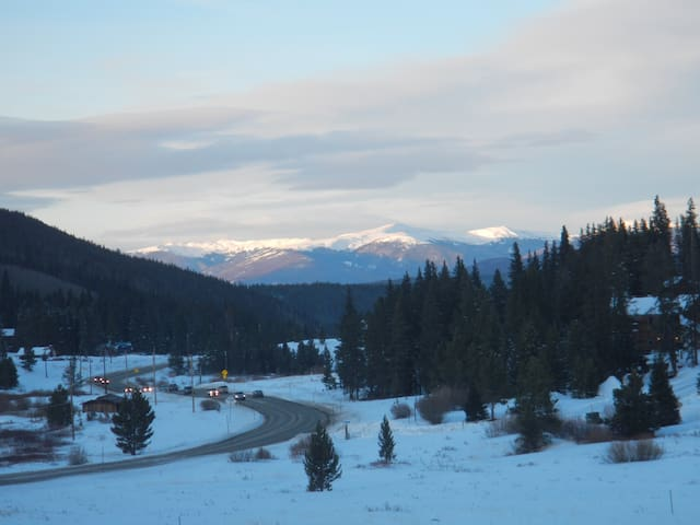 Blue River 3 bedroom just South of Breck Skiing - Blue River - Kondominium