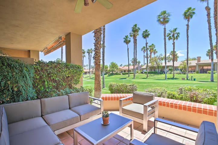 This 2-bed, 3-bath unit for 6 is tucked away in the Palm Valley Country Club.