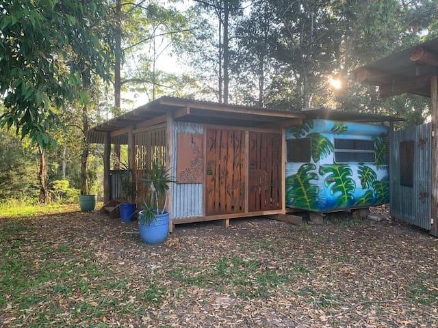 Butterfly Van Yarralen Retreat Priv Campground