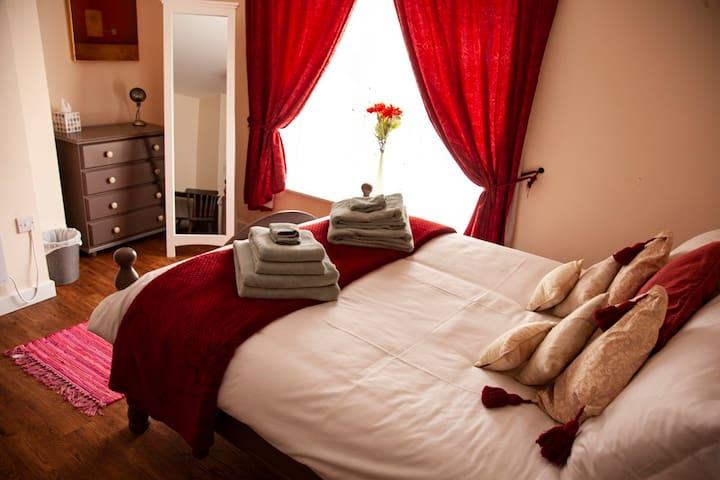 Trinity Lodge - 2 bedroom Maisonette