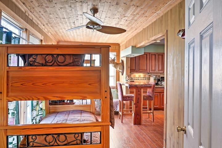 'Paradise Cove' Guntersville Cabin - Guntersville - Cottage
