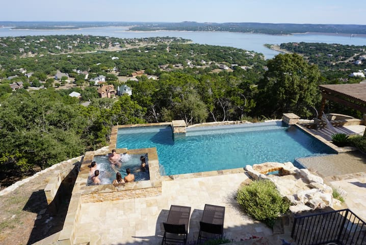 Bella Vista in Canyon Lake